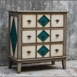 Kinzley Accent Chest - 149989