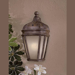 1 Light Outdoor Wall Light With Vintage Rust Finish