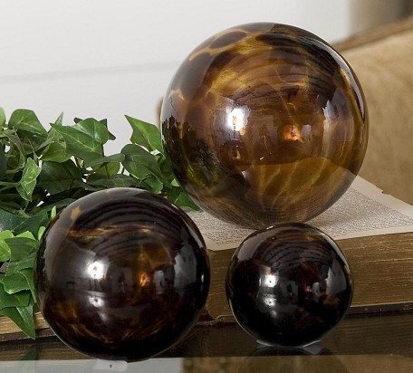 Tortoise Glass Kameko Spheres Set of 3