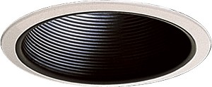 "Quorum International 7"" Black Stepped Baffle R30 Recessed Light 9700-015"