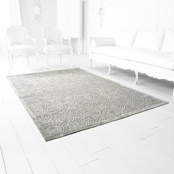 Cyan Designs 5 x 7.5 Viscose and Chenille Power Loomed Rug