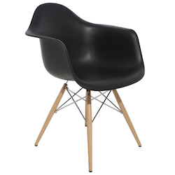 Nuevo Black Earnest Dining Chair