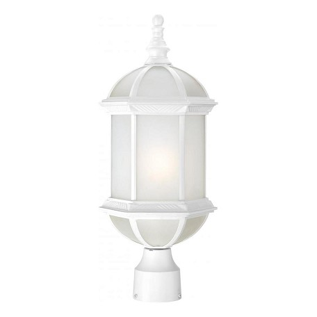 Nuvo Boxwood Es - 1 Light - 19In. Outdoor Post W/ Frosted Glass - (1) 18W